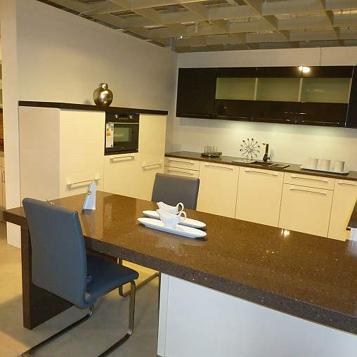 sonstige musterk che hochwertige musterk che. Black Bedroom Furniture Sets. Home Design Ideas