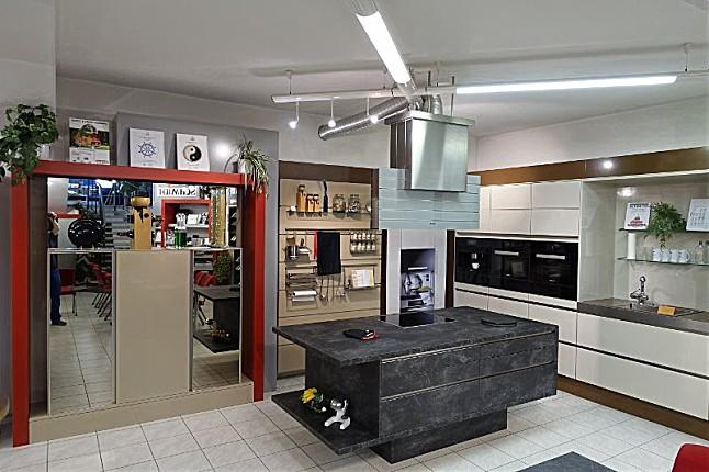 Schmidt küchen arani brillant kombiniert mit arcos brillant ausstellungsküche aktivküche