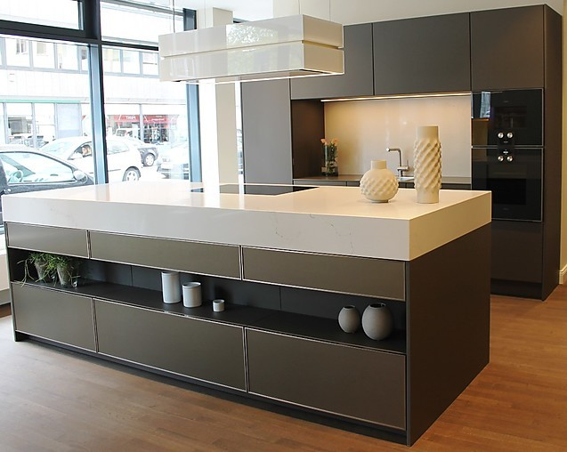 siematic musterk che musterk che se3003r ausstellungsk che in aachen von k rber cohnen k che. Black Bedroom Furniture Sets. Home Design Ideas