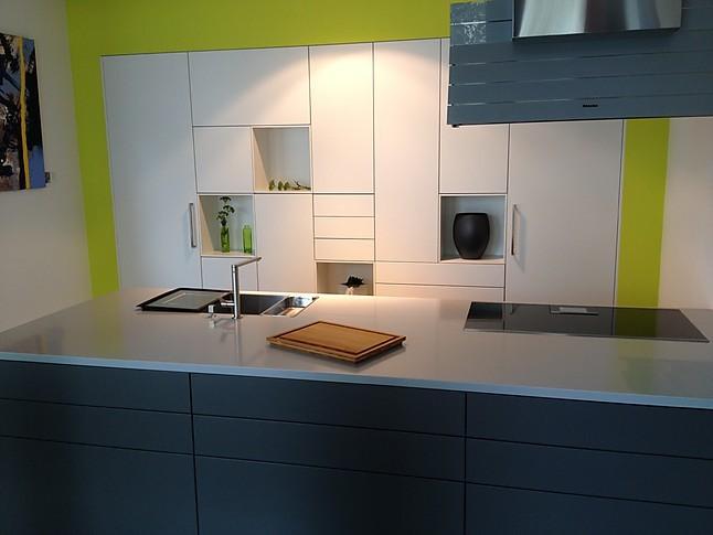 Warendorf Musterküche Moderne Wohnküche mit Insel