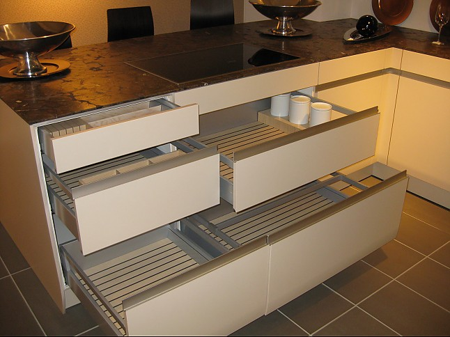 siematic musterk che siematic ausstellungsk che in beckum neubeckum von kuschnereit haus. Black Bedroom Furniture Sets. Home Design Ideas