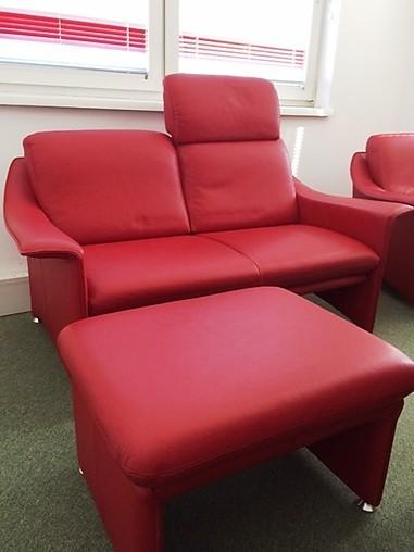 sofas und couches farah klassische zierliche sofagruppe. Black Bedroom Furniture Sets. Home Design Ideas