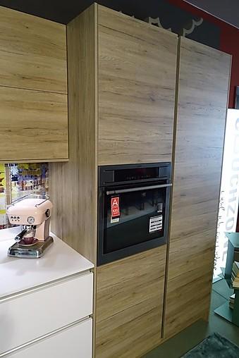Leicht-Musterküche Grifflose Küche In Weiß Und Holzdekor