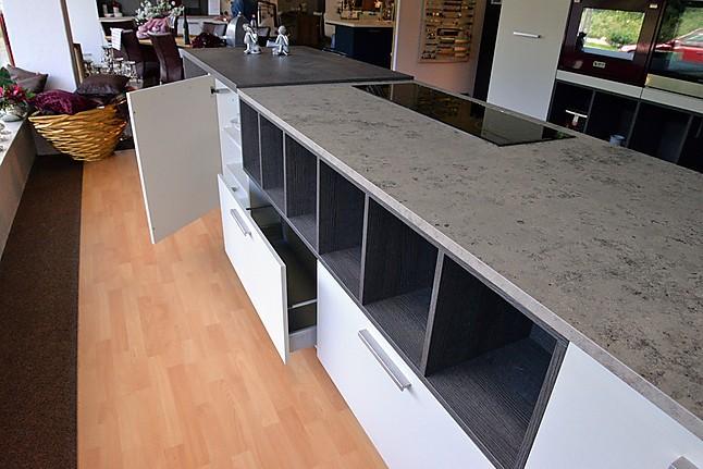ewe musterk che senso l ausstellungsk che in von. Black Bedroom Furniture Sets. Home Design Ideas