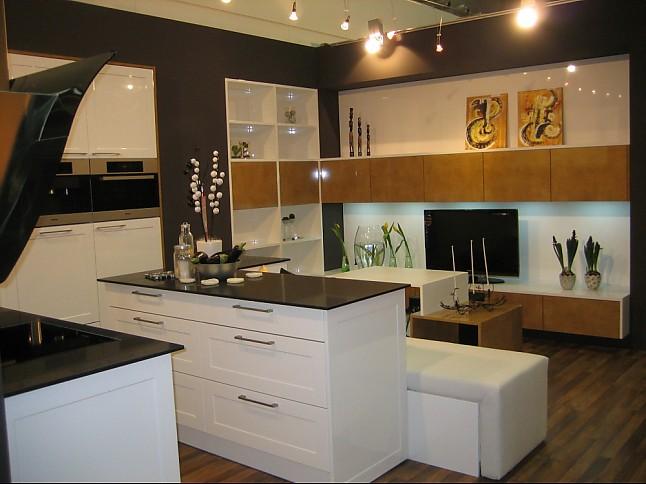 Schmidt kuchen musterkuche aus ausstellungskuchen for Ausstellungsküchen u form