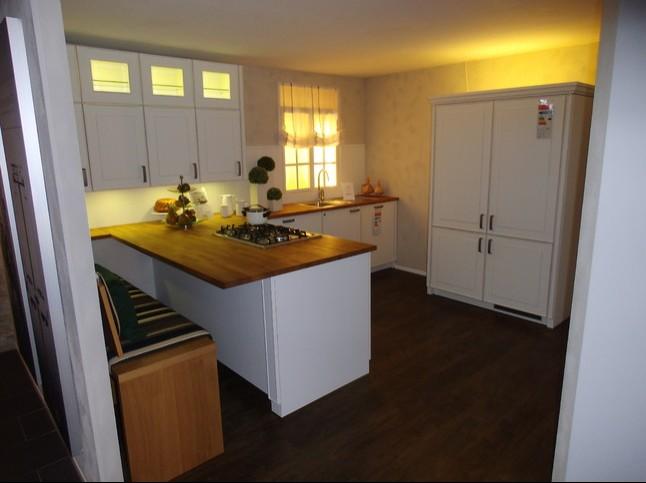 zeyko musterk che romantische landhausk che aus holz. Black Bedroom Furniture Sets. Home Design Ideas