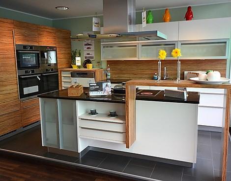 musterk chen einrichtungsstudio gerald gimpl in st p lten. Black Bedroom Furniture Sets. Home Design Ideas
