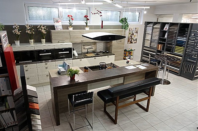 Schmidt küchen mikado brillant kombiniert mit arcos ausstellungsküche