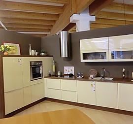 h cker musterk che stratos kaschmir hochglanz lackiert ausstellungsk che in dresden von. Black Bedroom Furniture Sets. Home Design Ideas